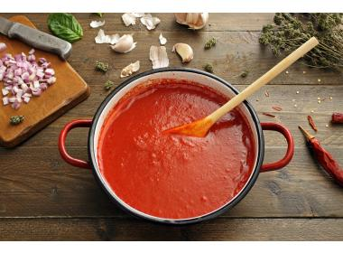 Tomato sauce with cannabis